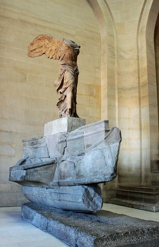 Non Omnis Moriar • Victoire de Samothrace